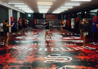 Studio des Sportclub Sendling in München mit Boxring und Fitnesscenter