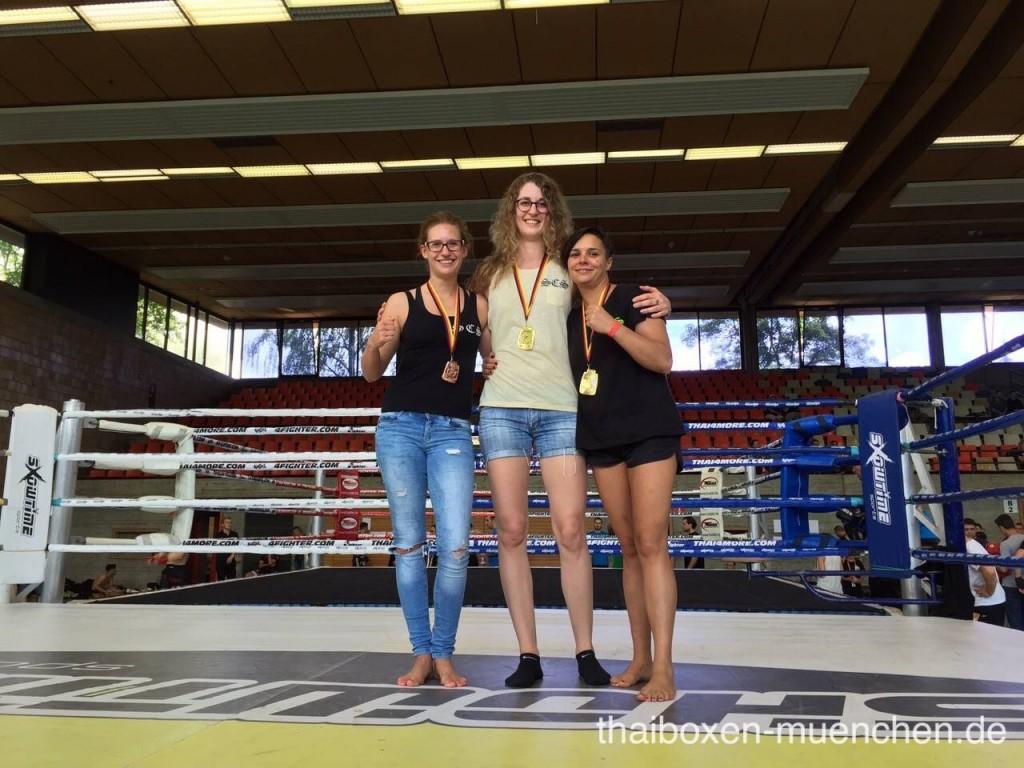 Wettkämpferinnen aus München siegen