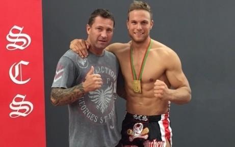 SCS Schwergewichts Wettkämper wird Amateur Weltmeister