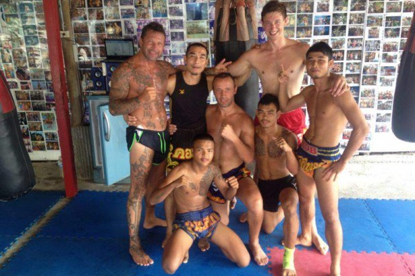 Muay Thai SCS Wettkämpfer auf Fortbildung in Thailand
