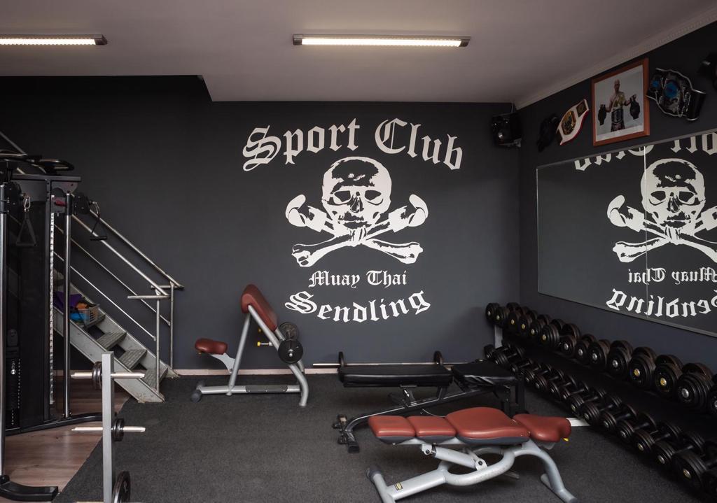 Hantelbereich im Sportclub